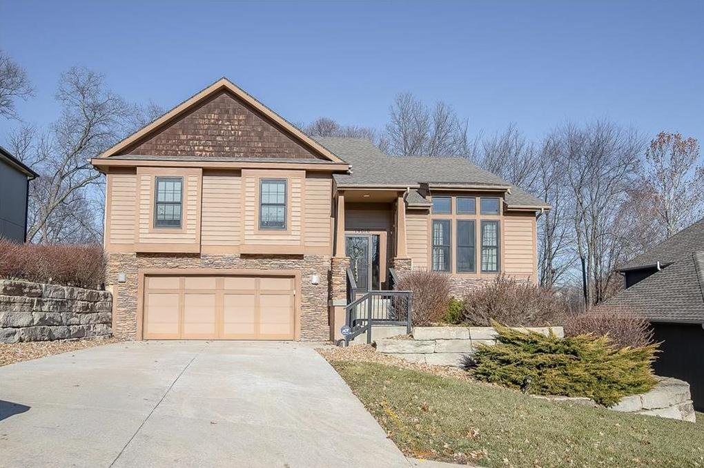 Photo of 14010 NW 63rd Street Parkville MO 64152