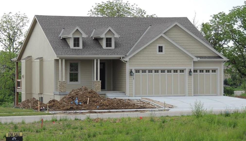 Photo of 4513 Lakeview Terrace Basehor KS 66007