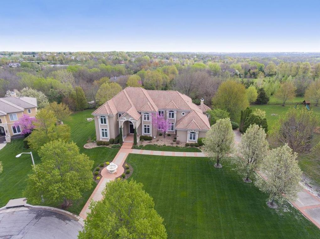 Photo of 14563 Granada Circle Leawood KS 66224