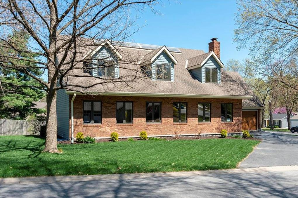 Photo of 6846 Roe Avenue Prairie Village KS 66208