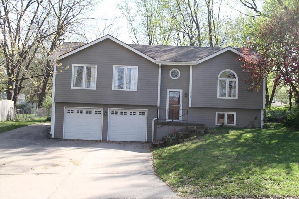 Awe Inspiring Berkshire Hathaway Homeservices Stein Summers 909 Ne Home Interior And Landscaping Staixmapetitesourisinfo