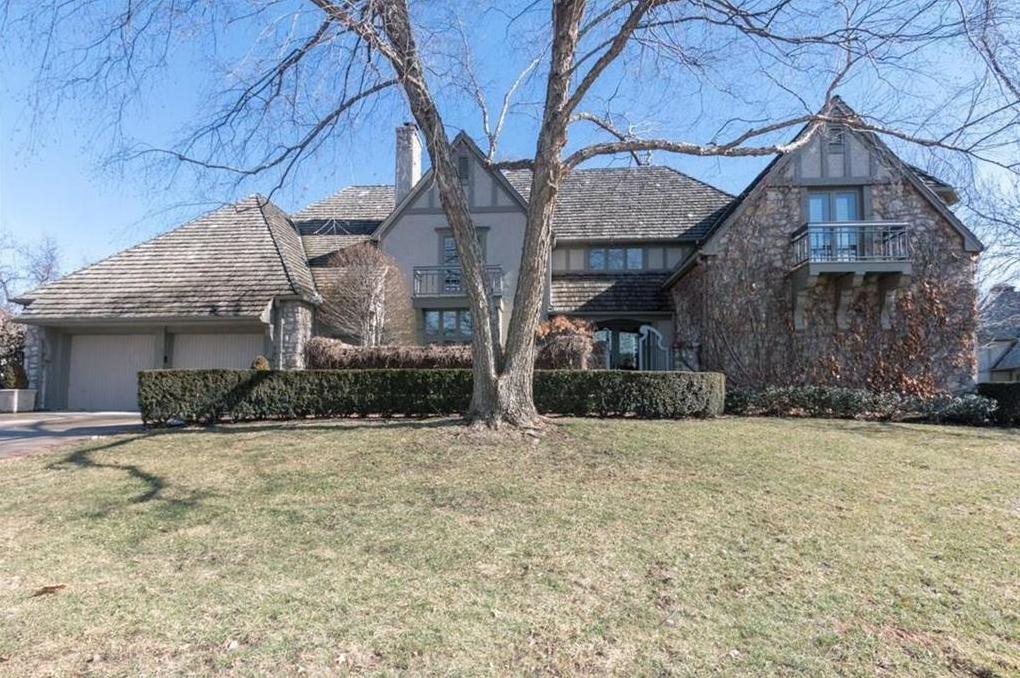 Photo of 51 Le Mans Court Prairie Village KS 66208