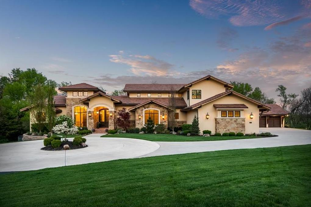 Photo of 10875 W 192nd Place Overland Park KS 66083