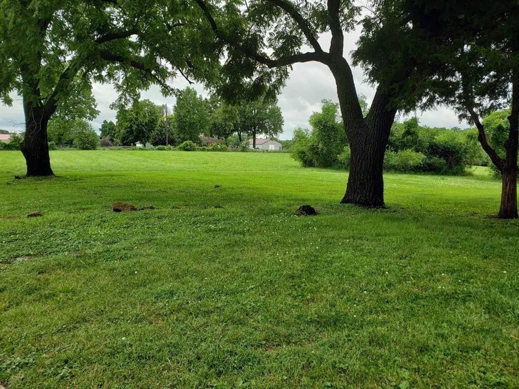 Photo of 5018 Phelps Road Kansas City MO 64136