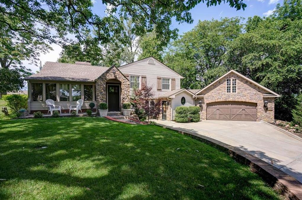 Photo of 3502 Hermosa Drive Riverside MO 64150