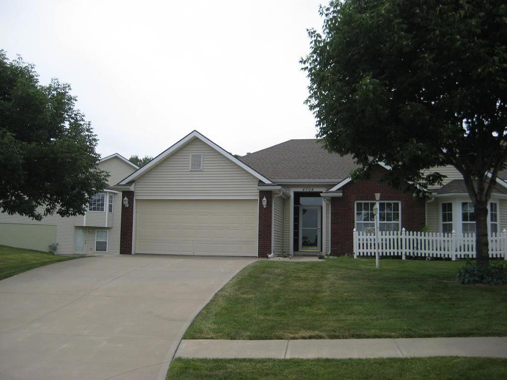 Photo of 4704 Ashbey Drive St Joseph MO 64506