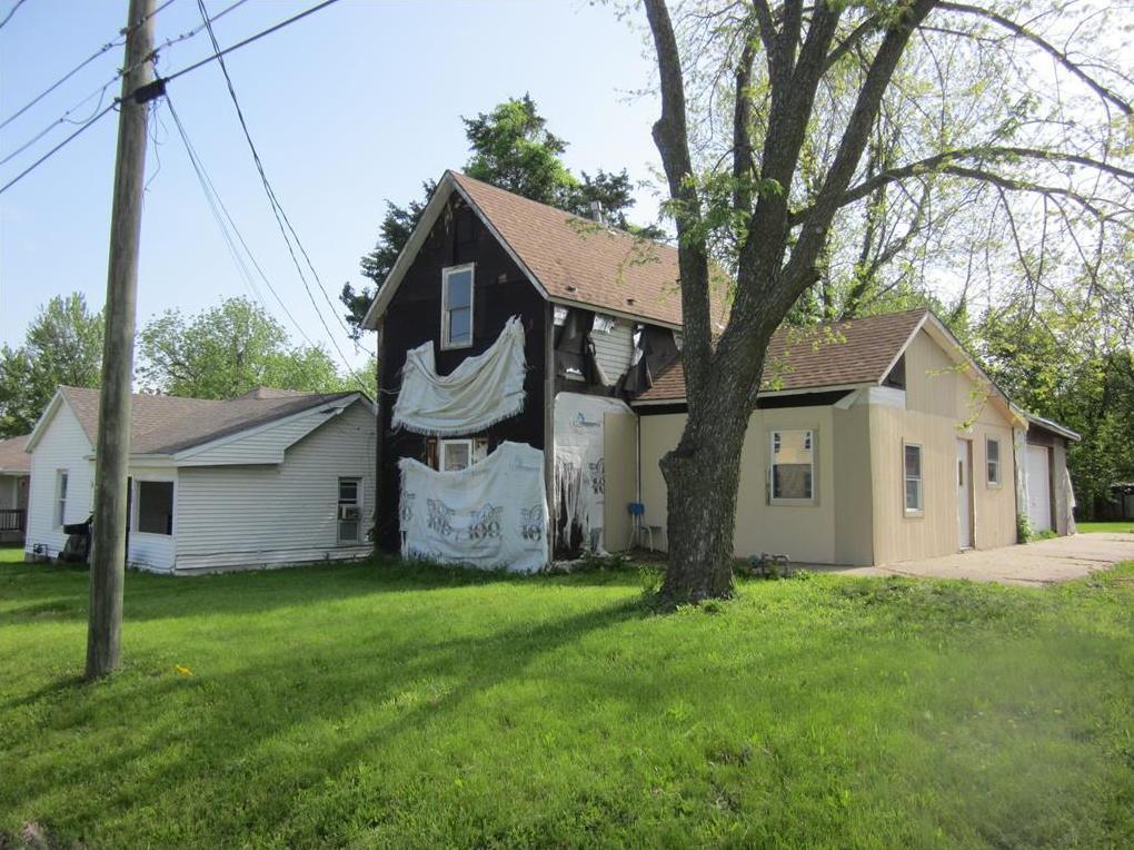 Photo of 418 N Groat Street Cameron MO 64429