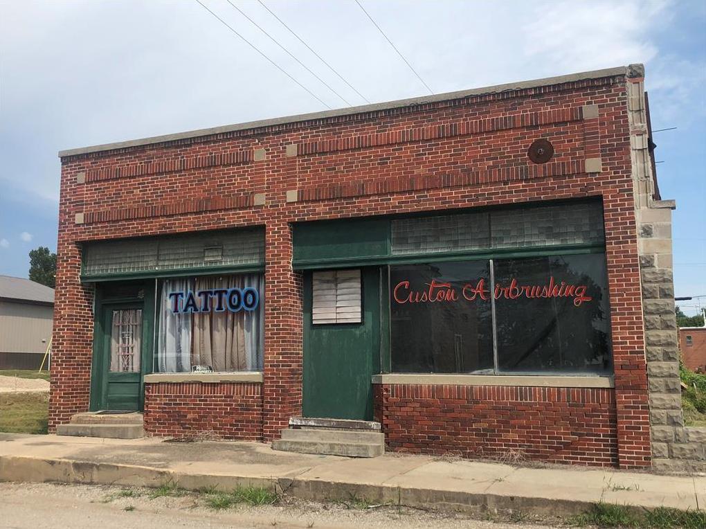 Photo of 302 N Broadwat Street Fairfax MO 64446