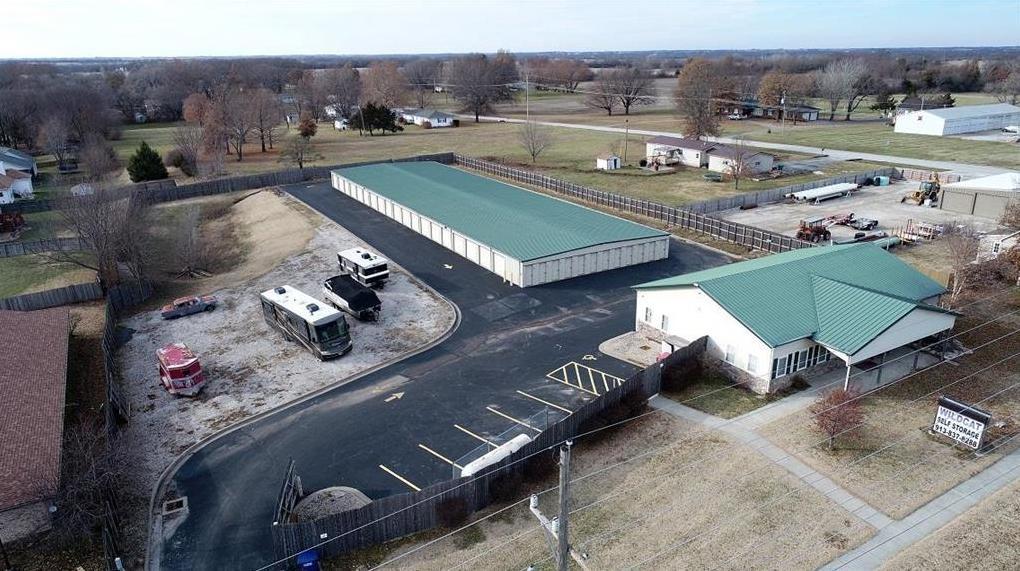 Photo of 1502 N Metcalf Road Louisburg KS 66053