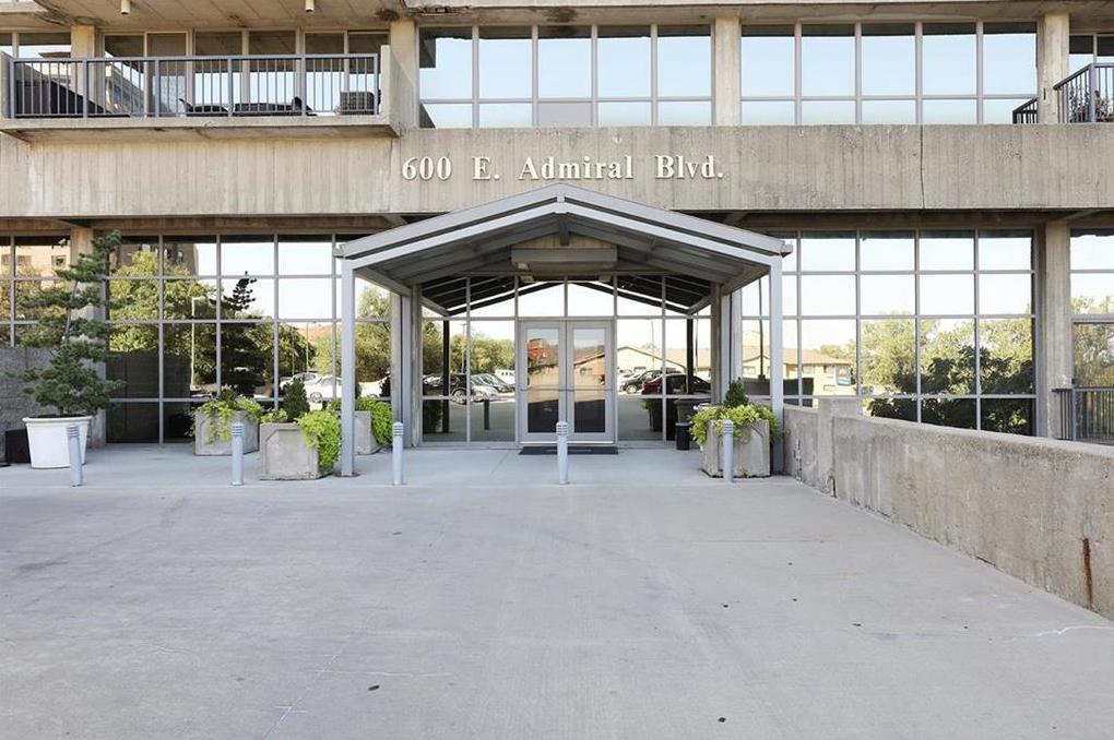 Photo of 600 E Admiral Boulevard Kansas City MO 64106