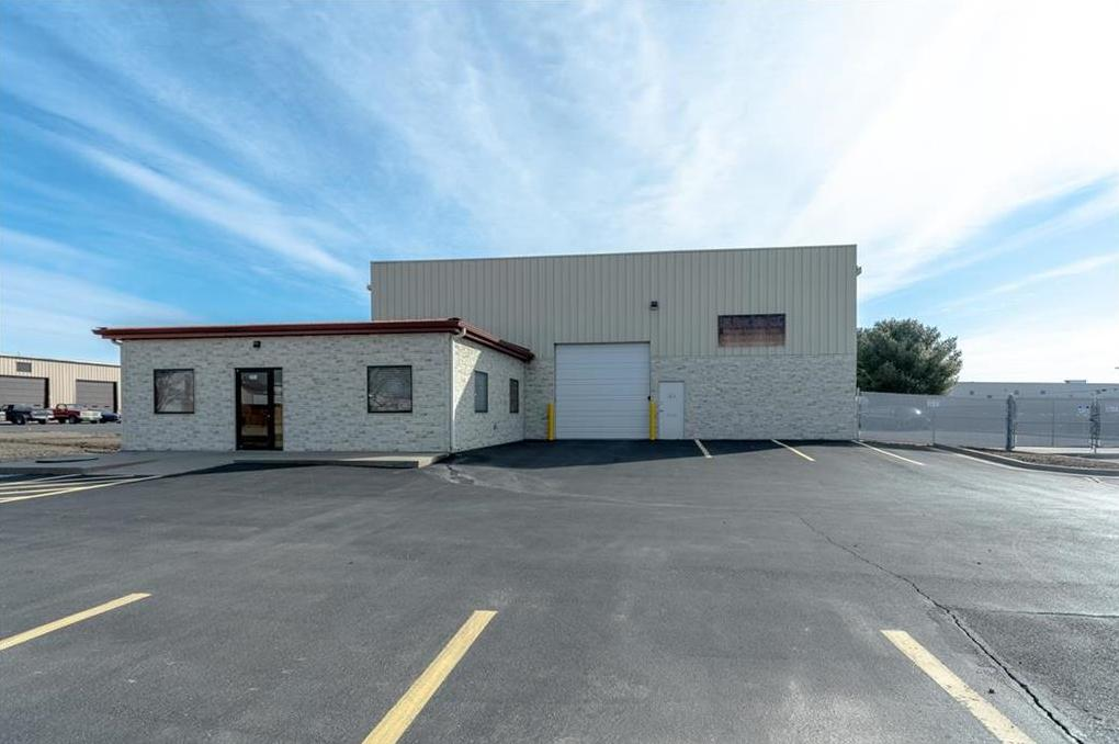 Photo of 4119 Bonner Industrial Drive Shawnee KS 66226