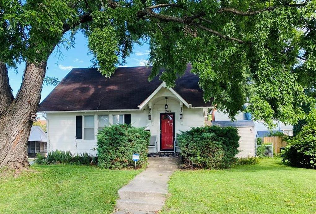 Photo of 205 S Noyes Boulevard St Joseph MO 64501