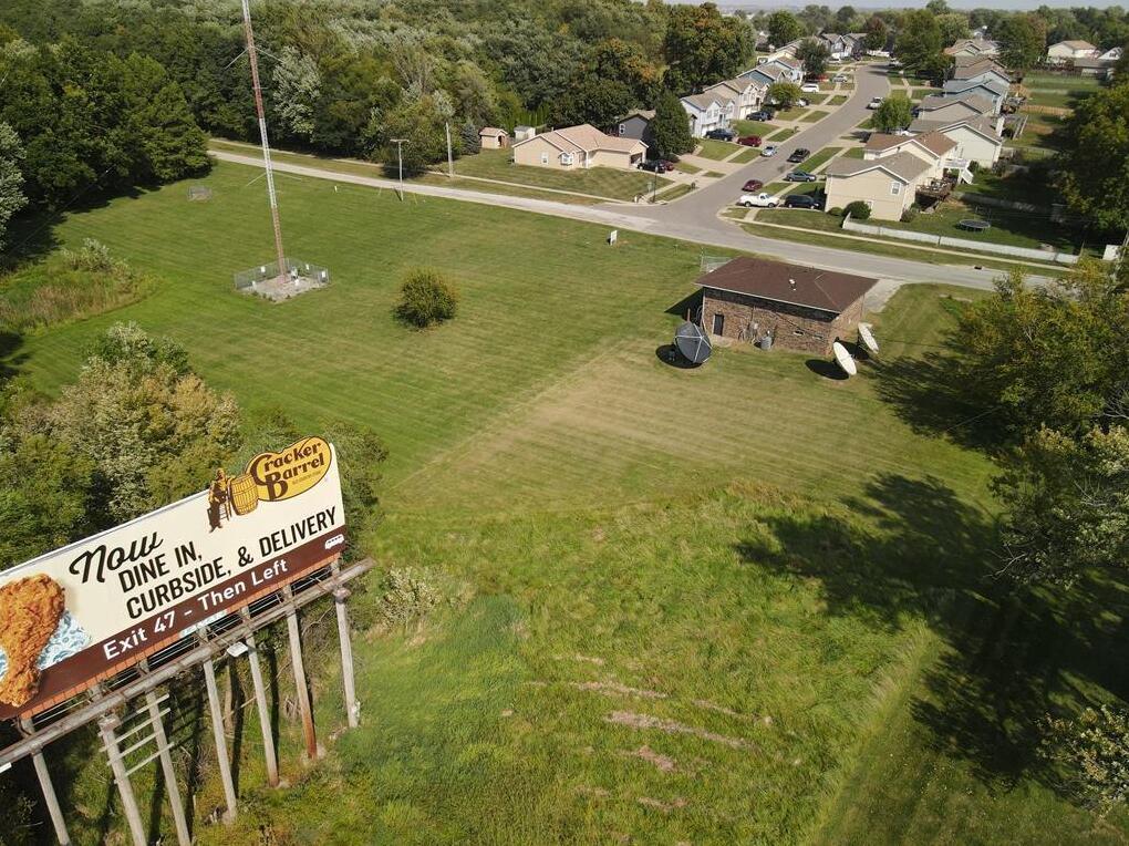 Photo of 2414 S Leonard Road St Joseph MO 64503