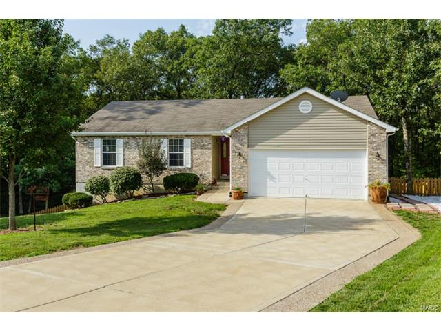 Photo of 340 Essex Court Troy MO 63379
