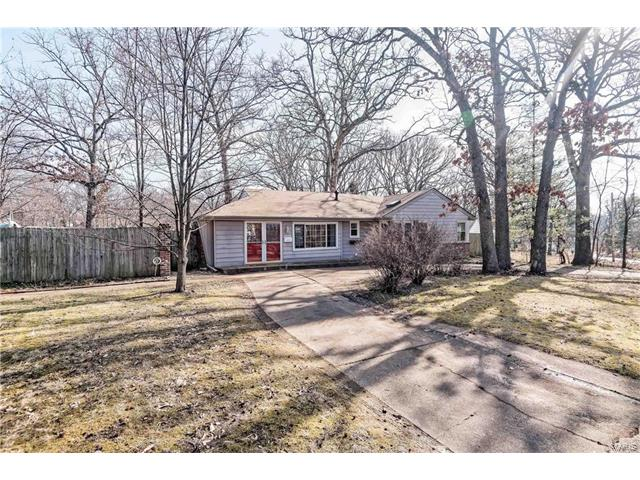 Photo of 1372 Grant Road Webster Groves MO 63119