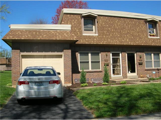 Photo of 11821 Sologne Court Maryland Heights MO 63043