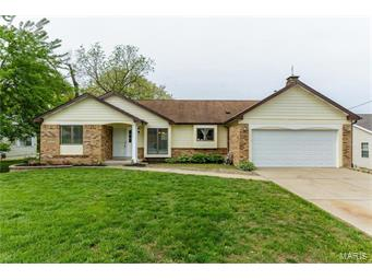 Photo of 1305 South Drive St Charles MO 63303