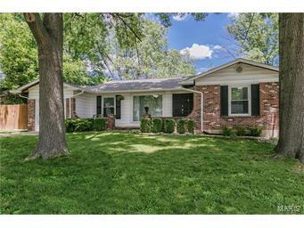 Photo of 12519 Roth Hill Maryland Heights MO 63043
