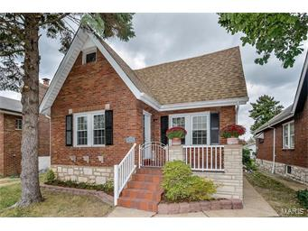 Photo of 3813 Dover Place St Louis MO 63116