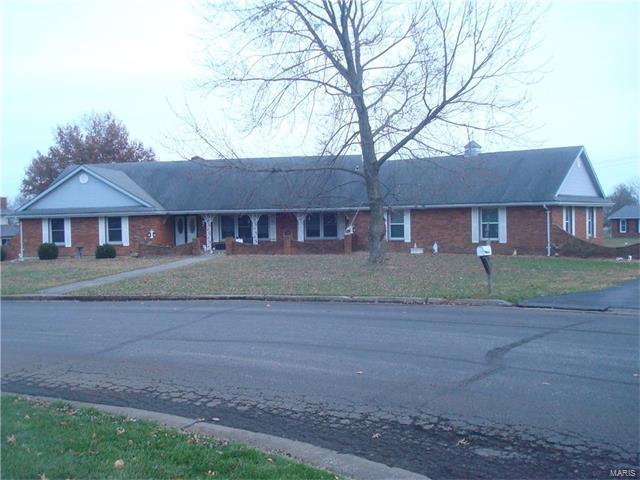 Photo of 111 Sharon Drive Montgomery City MO 63361