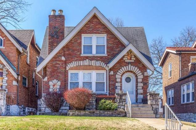 Photo of 4074 Holly Hills Boulevard St Louis MO 63116