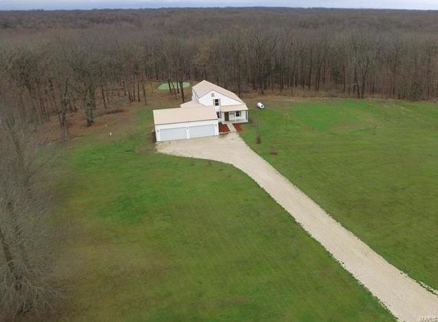 Photo of 23059 Sycamore Lane Warrenton MO 63383