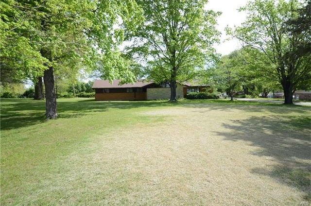 Photo of 612 Schindler Road Perryville MO 63775