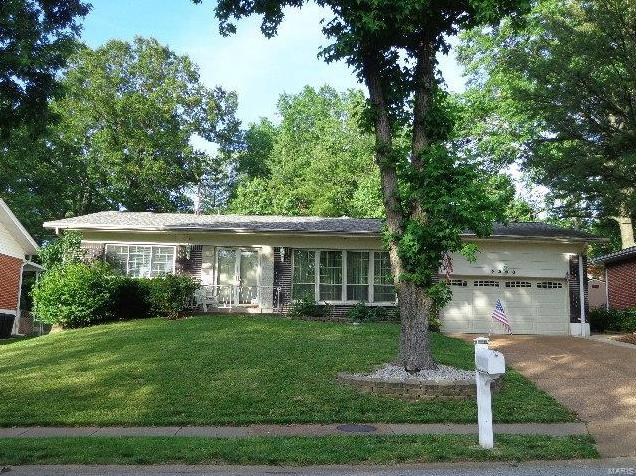 Photo of 9200 Cherry Brook St Louis MO 63126