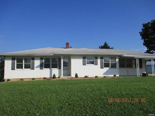 Photo of 105 Oak Ridge Road Montgomery City MO 63361