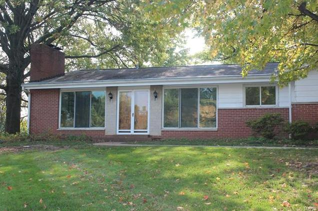 Photo of 9446 Oakwood Manor Lane St Louis MO 63126