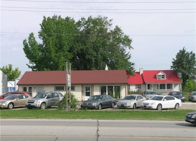 Photo of 851 -871 East Cherry Street Troy MO 63379