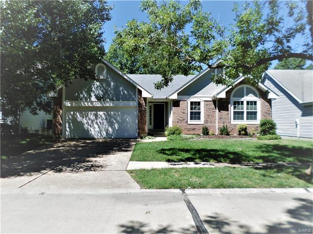 Photo of 323 Oak Park Village Drive Grover MO 63040