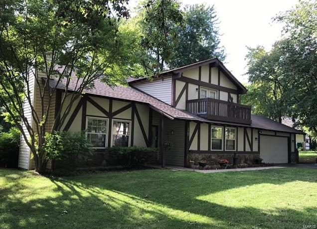 Photo of 1525 Heritage Landing St Peters MO 63303