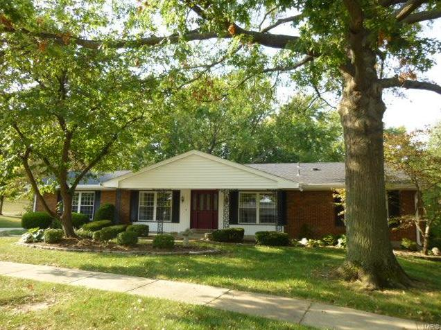 Photo of 11827 Spruce Orchard Drive St Louis MO 63146