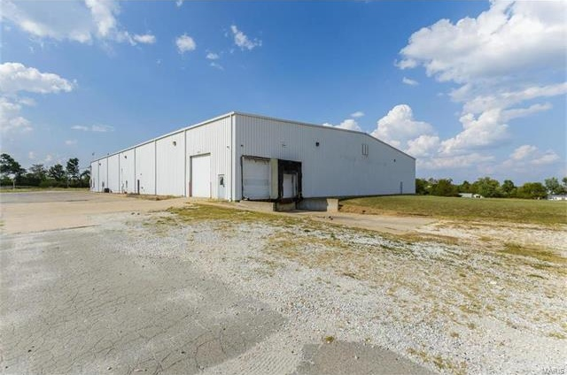 Photo of 97 Enterprise Way Troy MO 63379
