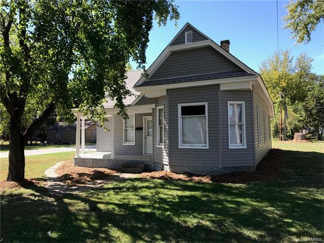 Photo of 309 South 2nd Street Elsberry MO 63343