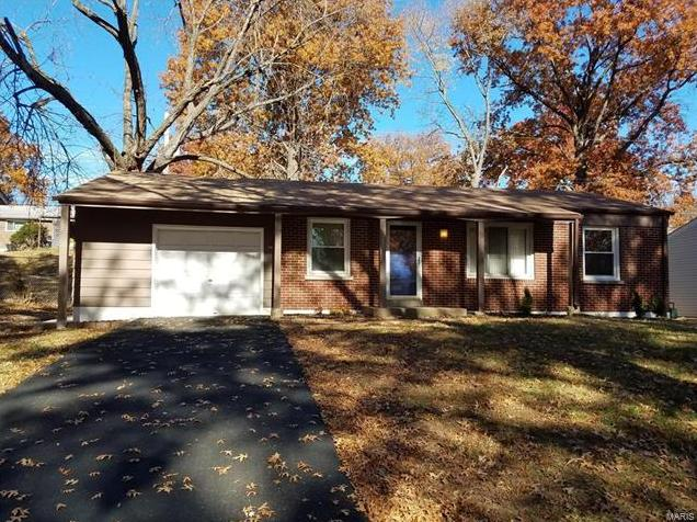 Photo of 1715 Crowley Drive St Louis MO 63136