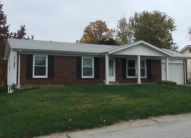 Photo of 2948 Elmcrest St Charles MO 63301