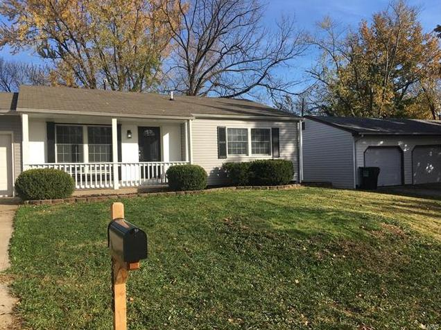 Photo of 2858 Radnor Street St Charles MO 63301