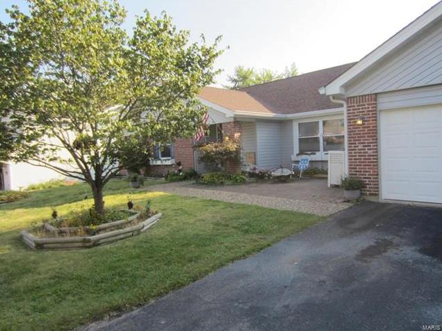 Photo of 43 Bunker Hill St Charles MO 63303