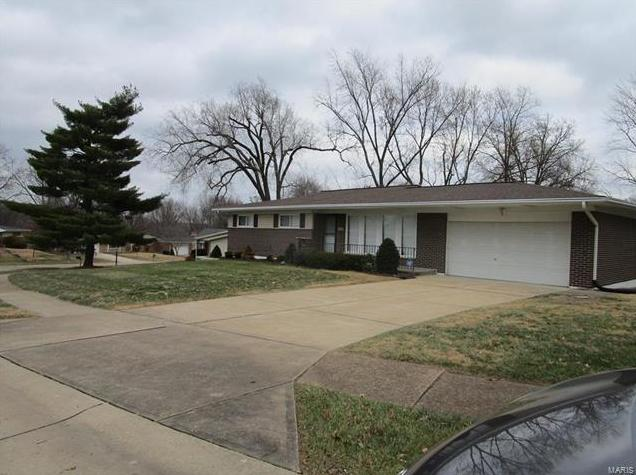 Photo of 9240 Ewers Drive St Louis MO 63126