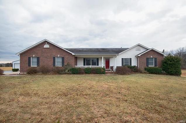 Photo of 141 Danielle Court Troy MO 63379