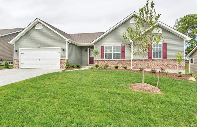 Photo of 1005 Pine Creek Drive Wentzville MO 63385