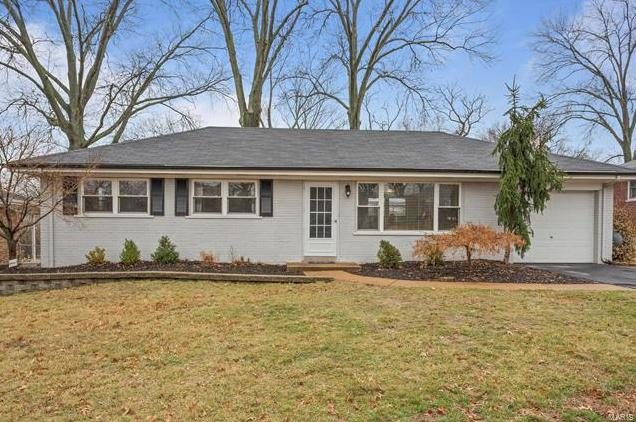 Photo of 9714 Twincrest Drive St Louis MO 63126