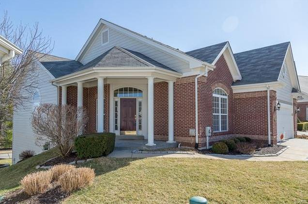 Photo of 318 Shetland Valley Court Chesterfield MO 63005