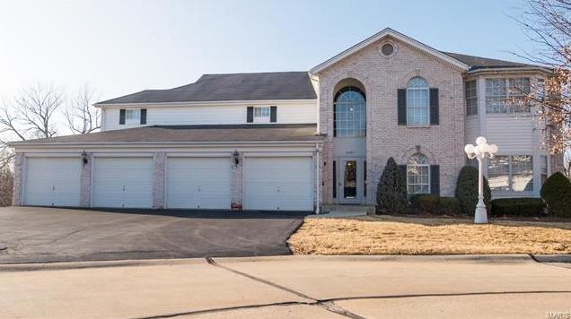 Photo of 3688 Colonia Place Drive, B St Louis MO 63125