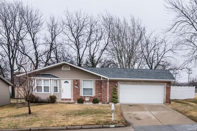 Photo of 123 Kimberly Lane St Peters MO 63376