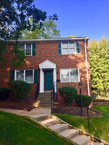 Photo of 9072 West Swan Circle St Louis MO 63144