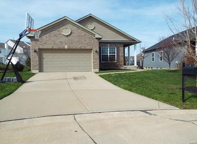 Photo of 17 Country Trail Court Lake St Louis MO 63367