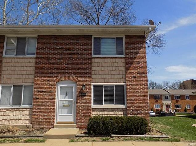Photo of 10536 Carroll Wood Way St Louis MO 63128